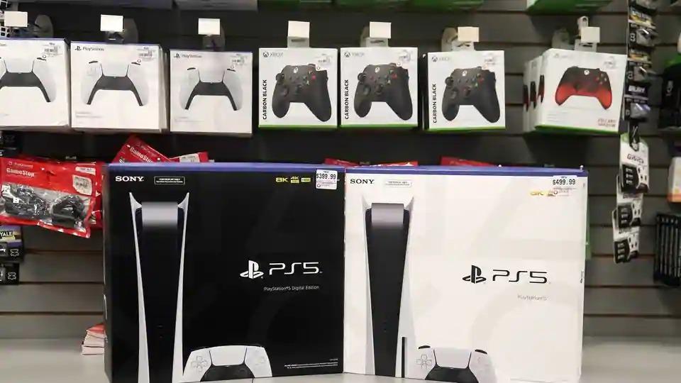 PS 5, in Grey Market